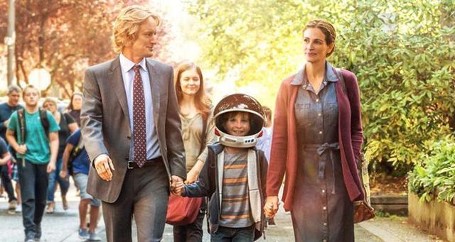 《奇迹男孩》:美式励志喜剧家庭四大特点:富,逗,暖,善