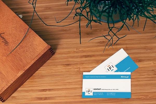 business-card-943998_640.jpg