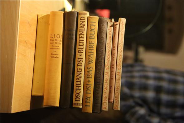 5、书籍照片.JPG