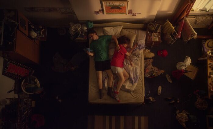 【V电影独家翻译】一个房间,展示情侣同居的全过程《甜蜜与分离》