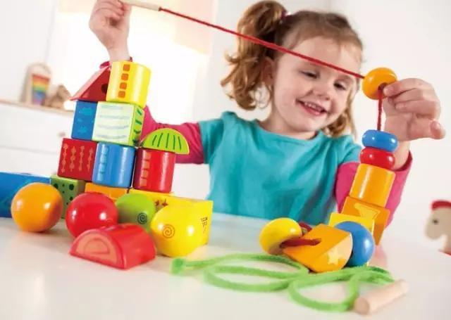 陪玩 | 0-2岁的孩子玩什么?怎么陪玩?给你点最有操作性的